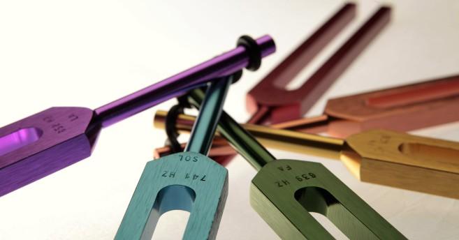 tuning-forks-kamilla-harra-small-long